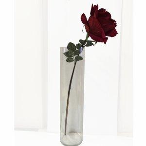 Rose rouge artificielle géante
