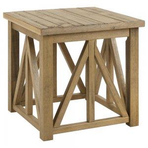 Table en bois de style nautique