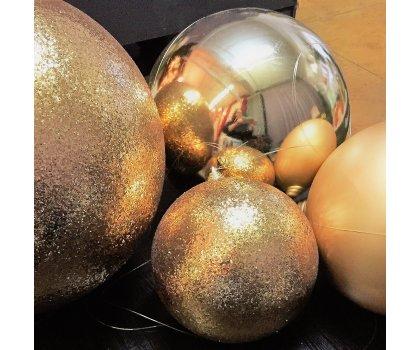 Boule de Noël or grands formats